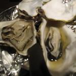 11698271 - 牡蠣食べ比べ730円