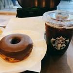 116991965 - チョコレートクリームドーナツ/トールドリップコーヒー