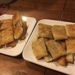 ヒロ ムネトモ - ステーキ下の食パンも焼いてくれました ^ ^