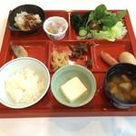 櫟平ホテル - 料理写真: