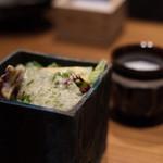 創作鉄板 粉者焼天 - 本日の御出汁・自家製ドレッシングのサラダ