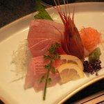 和多花 - 地鶏のつみれ鍋コース(旬のお刺身三種)