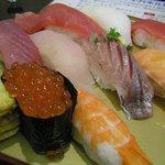 沼津 魚がし鮨 - 板前おまかせ握り 10貫