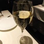 モノリス - シャンパン(Henriot Brut Souverain)1,575円