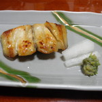 烏山 - 焼き魚 鰆 ばっけが添えてあります。