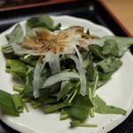 玄米ハウス ひろ作 - この日のサラダは空芯菜。ちょっと中華風のドレッシング