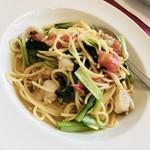 リストランテ・イタリアーノ・ロ・スティヴァーレ - 料理写真:ホタテと青菜のパスタ