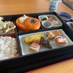 心喜一天 - 料理写真:特上幕の内1500円