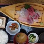 ふしみ食堂 - 2019年9月 さしみ盛定食 1300円