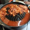 ホルモン幸楽 - 料理写真:真っ赤なタレのレシピは企業秘密です!