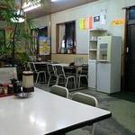 こずえ食堂 - 店内・・・水・お茶はセルフサービス