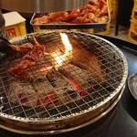 ドラム缶焼肉 東南韓 -