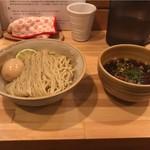 117058024 - 味玉・醤油つけ麺