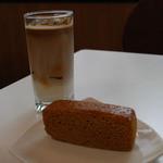 近江屋洋菓子店 - 蒸しパン