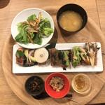 井上 - 玄米握り8貫定食