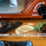 八ヶ岳小僧 - 2019.10 笛吹川天然鰻のカブト甘露煮とイナゴ佃煮
