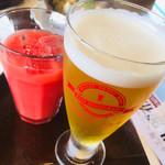 ビアレストラン 門司港地ビール工房 - ピルスナー、赤いオレンジジュース