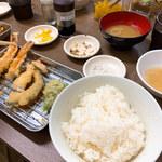 天ぷらたなか - ご飯はお代わり1杯無料