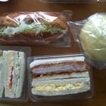 11708220 - 味噌カツサンド+玉子ツナサンド+コロッケコッペ+メロンパン