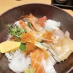 117080096 - 海鮮丼
