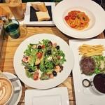ビストロカフェ レディース&ジェントルメン - 料理写真:
