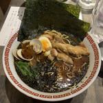 神田 焼きはまぐりSTAND - のり玉黒ラーメン880円
