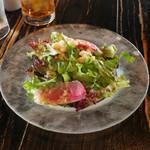 ピッツェリア カンテラ - ランチのサラダ