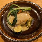 117088840 - オオニベのポワレ(魚料理)。淡白なオオニベをバターソースで濃くを増した味わいがいい仕上がり。
