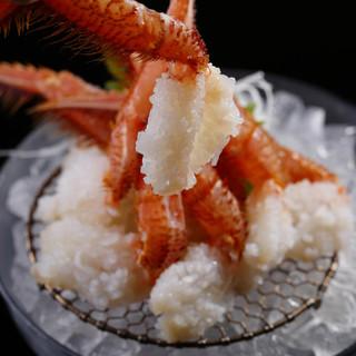 活毛蟹はお刺身でもお召上がり頂けます。