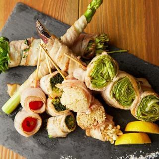 肉野菜巻き串盛り合わせ
