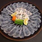 冨士屋本店 - ふぐ料理の王様、てっさです。文句なしで美味しかった。