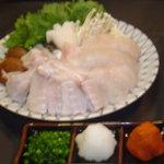 冨士屋本店 - ふぐちり。秘伝のポン酢が他とは違って素晴らしい味でした。