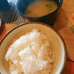 カフェレストラン 瀬里家 - ご飯とお味噌汁