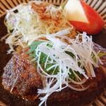 カフェレストラン 瀬里家 - メインのハンバーグ