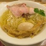 麦と麺助 - 【味玉イリコそば】¥980