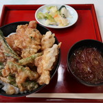 117109785 - ランチ(イワナと山菜天丼)