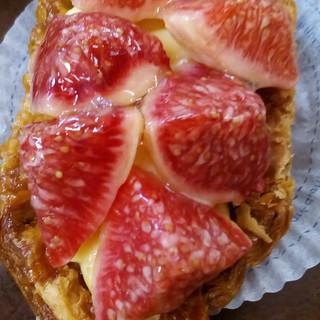 お菓子茂 - 料理写真:イチジクのタルト