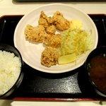 焼き鳥 をどり - 料理写真:鶏唐揚げ定食!
