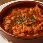 カジョス(牛胃袋とヒヨコ豆の煮込み)
