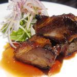 真 - 国産豚肩ロース 蜂蜜焼豚