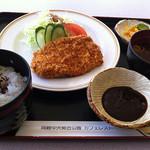 カフェレスト - 料理写真:とんかつ定食
