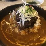 肉バル×ワイン酒場 東京食堂 - 牛すじ赤ワイン煮込みカレー