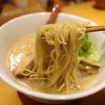 麺匠 喜楽々 - 喜楽々らー麺 (細麺)