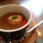 パートリア - オニオングラタンスープ