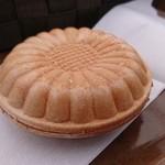 safsaf - ミルククリームのモナカ