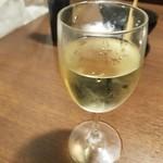 117161266 - 白ワイン
