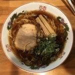 金久右衛門 - 紅醤油ラーメン 700円