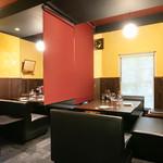 チーズ料理×ワインブッフェ シャンブレ - 店内1