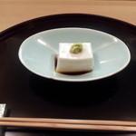 Jisaku - ゴマ豆腐