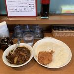 Jinkokku - 本日のおすすめインド風カリー(牛バラ焼肉と野菜のカリー カニクリームコロッケ付)激辛